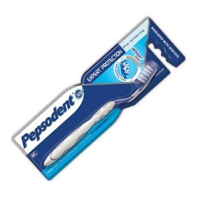 Pepsodent Pro-Whitening Toothbrush - Soft, 1 nos Pouch